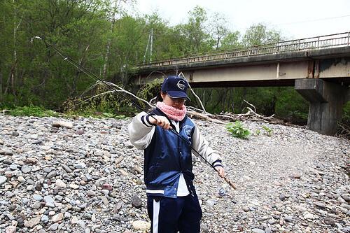 この画像は、サイトの記事「『釣りビジョン 釣りはじめます』 ネットで話題 YouTube公式動画ご紹介!」のイメージ写真画像として利用しています。
