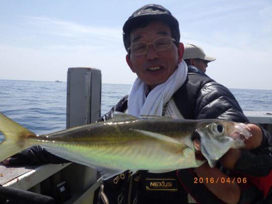 この画像は、サイトの記事「アジ釣り 船 ネットで話題 魚釣り専門 YouTube注目無料視聴動画ご紹介!」のイメージ写真画像として利用しています。