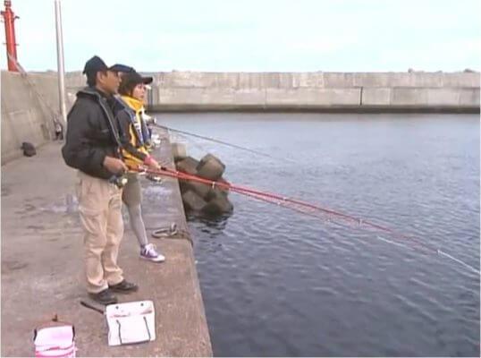 この画像は、サイトの記事「アジ釣り サビキ ネットで話題 魚釣り専門 YouTube注目無料視聴動画ご紹介!」のイメージ写真画像として利用しています。
