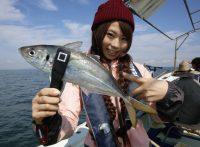 この画像は、サイトの記事「釣りガール 大阪 ネットで話題 魚釣り専門 YouTube注目無料視聴動画ご紹介!」のイメージ写真画像として利用しています。