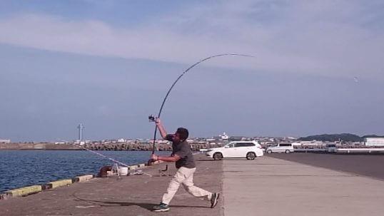 この画像は、サイトの記事「キス 釣り 遠投 ネットで話題 魚釣り専門 YouTube注目無料視聴動画ご紹介!」のイメージ写真画像として利用しています。