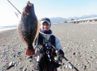 この画像は、サイトの記事「ヒラメ 釣り サーフ ネットで話題 魚釣り専門 YouTube注目無料視聴動画ご紹介!」のイメージ写真画像として利用しています。