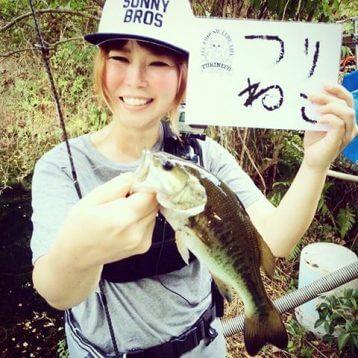この画像は、サイトの記事「『つりねこ バス釣り』 ネットで話題 YouTube公式動画ご紹介!」のイメージ写真画像として利用しています。